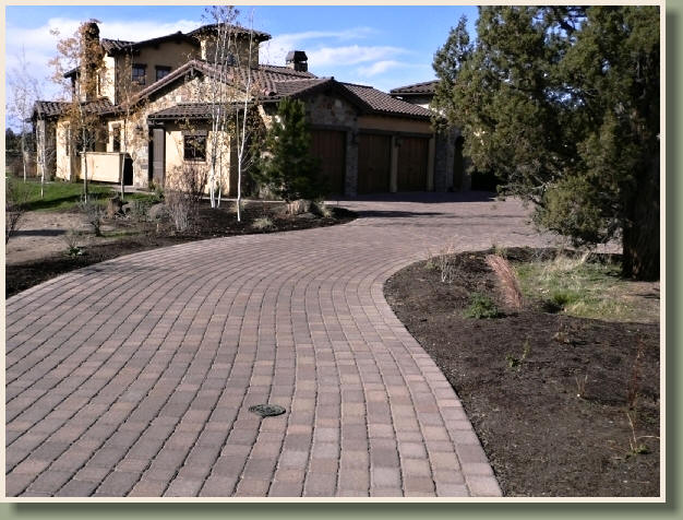 Pavers in bend, Oregon offer paving services in Central Oregon and in Redmond, Oregon.